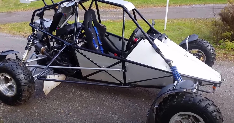 Moteur de ZX12R sur 4 roues photo de couverture