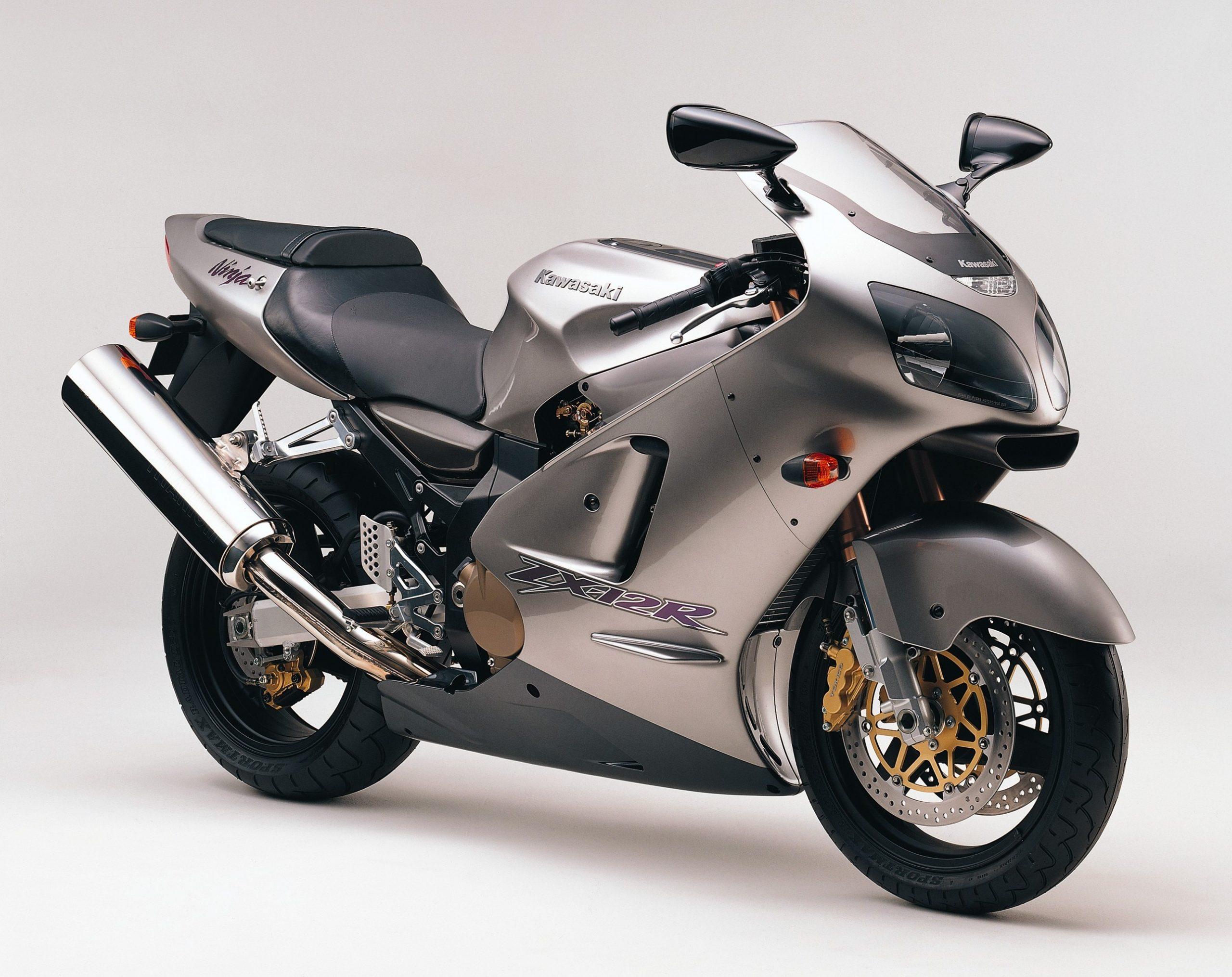 Kawasaki-ZX1200-A1 Metallic Phantom Silver
